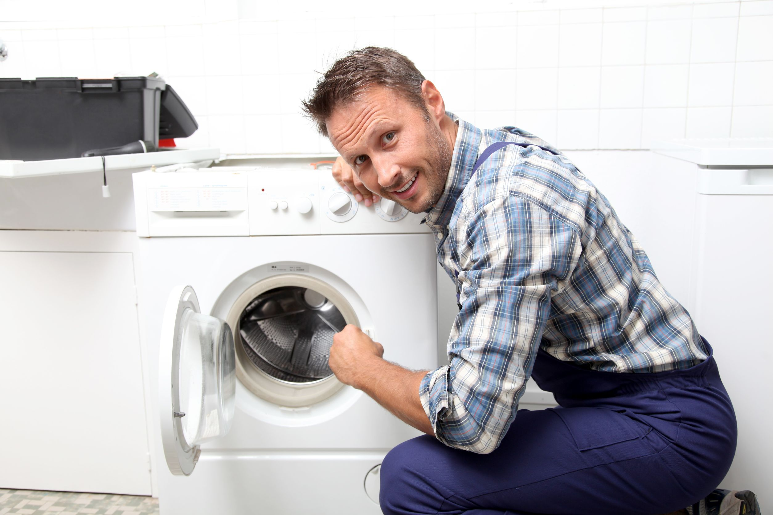 Dịch vụ vệ sinh máy giặt tại Hà Nội